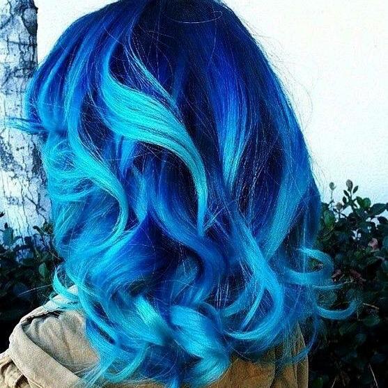 Hair stylist. Filosofo, amico, consigliere, social